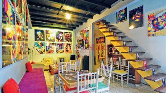 6 Barang yang Cocok untuk Hiasan Dinding di Ruang Tamu